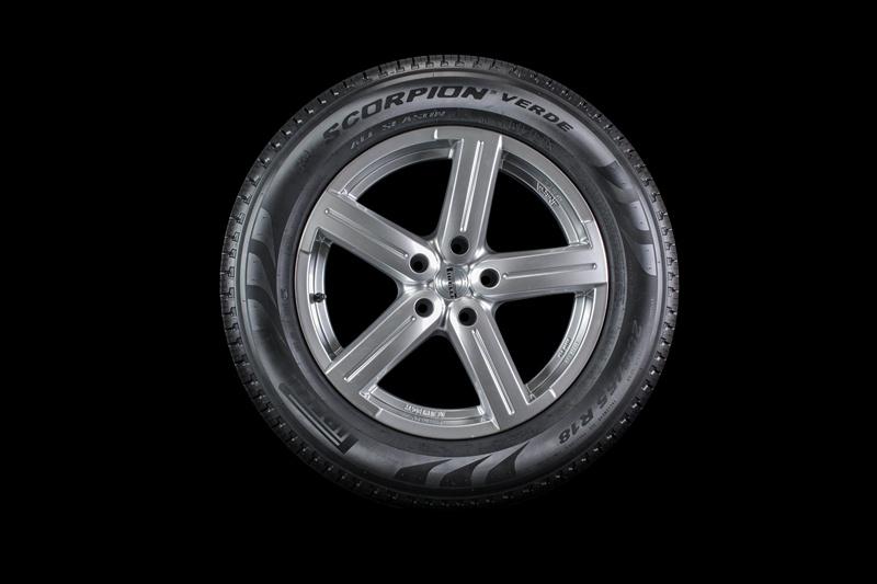 Pneu Pirelli 235/60R16 100H Scorpion Verde All Season