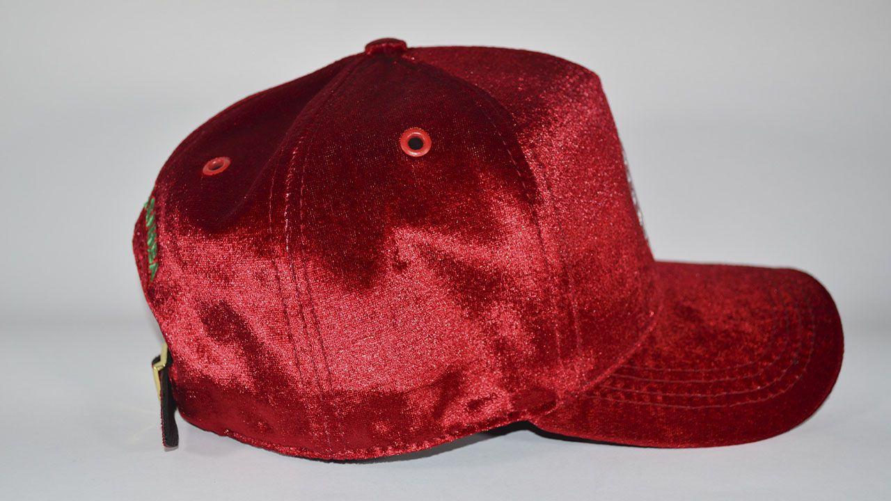 Boné veludo vermelho  - Mocidade Alegre