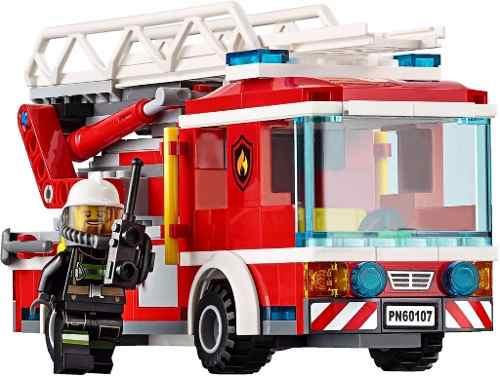 Lego 60107 City -Caminhão Bombeiros com Escada de Combate ao Fogo  - Doce Diversão