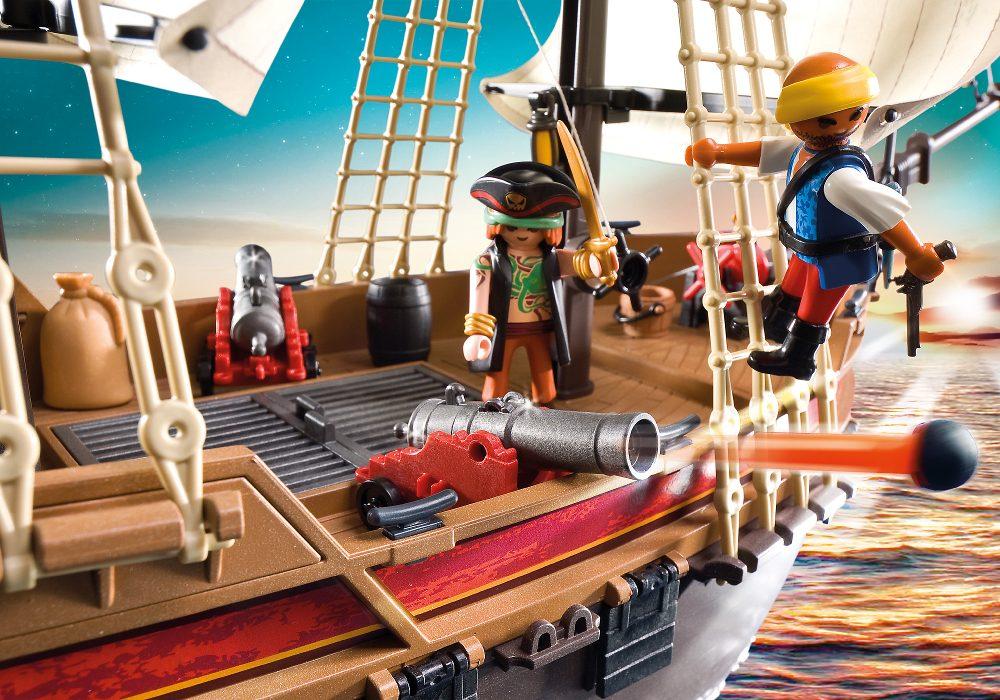 Playmobil - Navio de Ataque Pirata - 68 cm e 40 peças - Sunny  - Doce Diversão