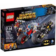 LEGO 76053 - Batman Perseguição de Moto Gotham – 224pç