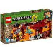 Lego 21154 Minecraft - A Ponte Flamejante – 372 peças