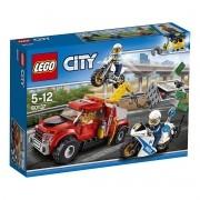 Lego 60137 – City – Caminhão Reboque em Dificuldades -144 peças