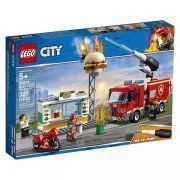 Lego City 60214 Bombeiros Caminhão Combate Fogo No Bar de Hamburgueres – 327 peças