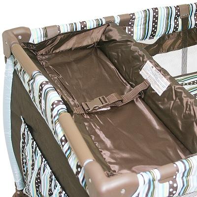 Berço Cercado Desmontável  C/ Trocador e Mobile – Chocolate – Baby Style  - Doce Diversão