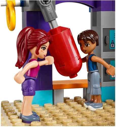 Lego  41312 – Friends -  Ginasio de Esportes de Heartlake - 328pç  - Doce Diversão