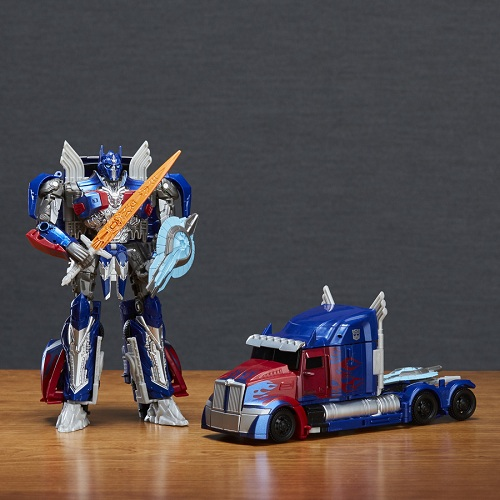 Transformers Filme 5 Voyager Luxo  Optimus Prime  17 cm  - Hasbro  - Doce Diversão