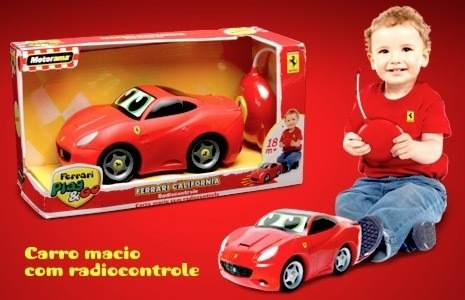 R/c Ferrari Califórnia Playgo Dtc   Corpo Macio Borracha  - Doce Diversão