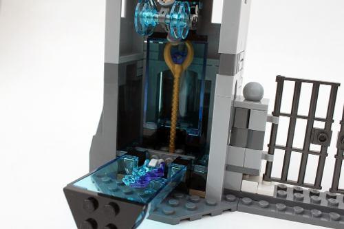 Lego 76041 -  Vingadores Combate na Fortaleza de Hydra  - Doce Diversão