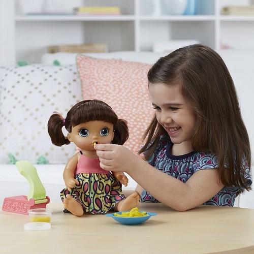 Boneca Baby Alive Espaguete Macarrão Morena frases Portugues - Hasbro  - Doce Diversão