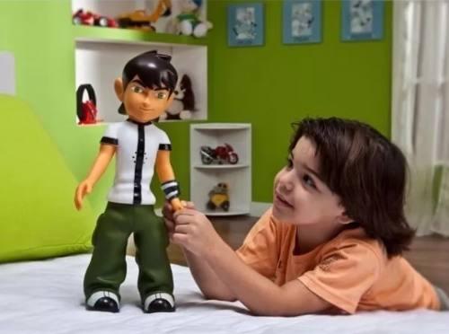 Boneco Ben 10 Com Reconhecimento De Voz Articulado 40 cm  - Candide  - Doce Diversão