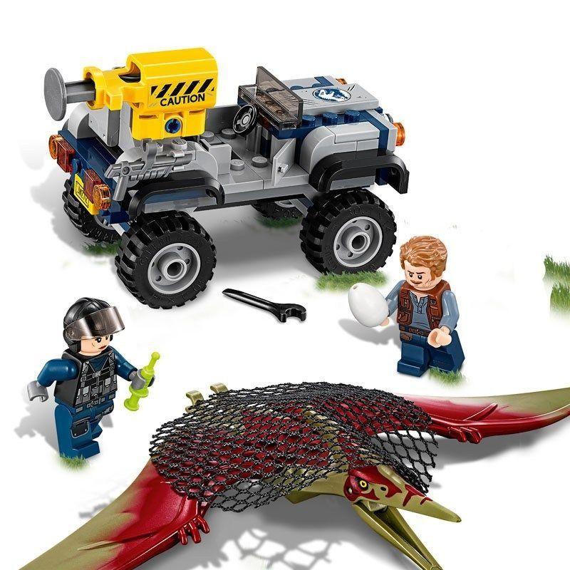 Lego 75926 Jurassic World – Perseguição Pteranodonte  - Doce Diversão
