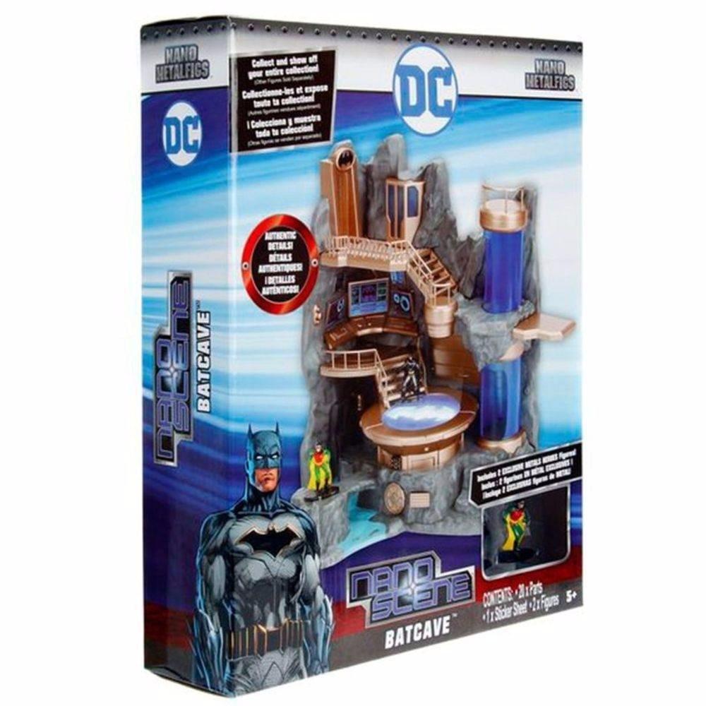 Nano Metal DC Comics BatCaverna + Batman e Robin –DTC  - Doce Diversão