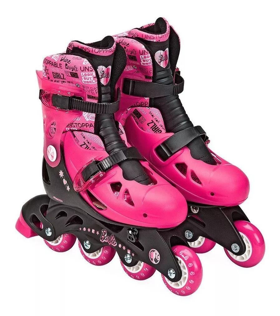 Patins Barbie Rosa Ajustável Do 33 A 36 C/ Kit De Segurança Capacete, Joelheiras e Cotoveleiras  - Fun  - Doce Diversão
