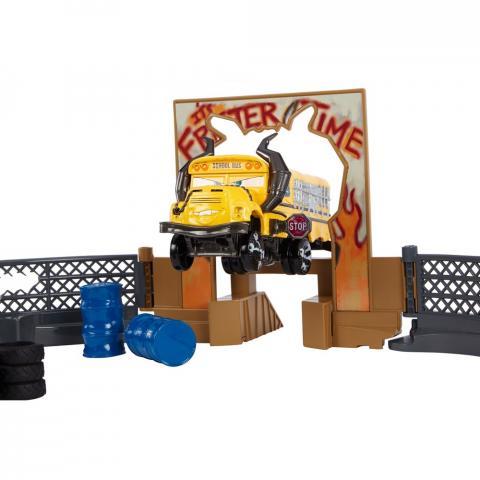 Pista Super Batida Demolição Carros 3 Disney – Mcqueen e Miss Fritter  -Mattel  - Doce Diversão