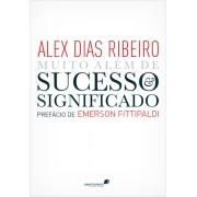 Livro Muito al�m do sucesso e significado