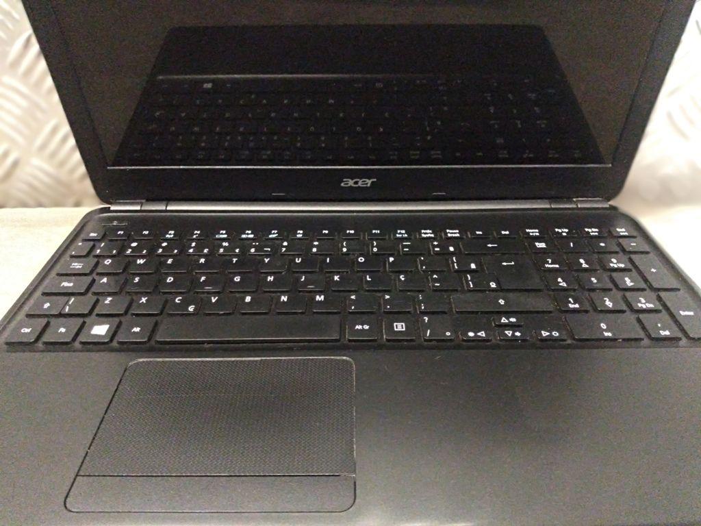 """Notebook ACER ASPIRE E1 com Processador Intel Core i5 Quarta Geração - RAM 4GB - HD 120GB SSD - TELA 15,6"""""""