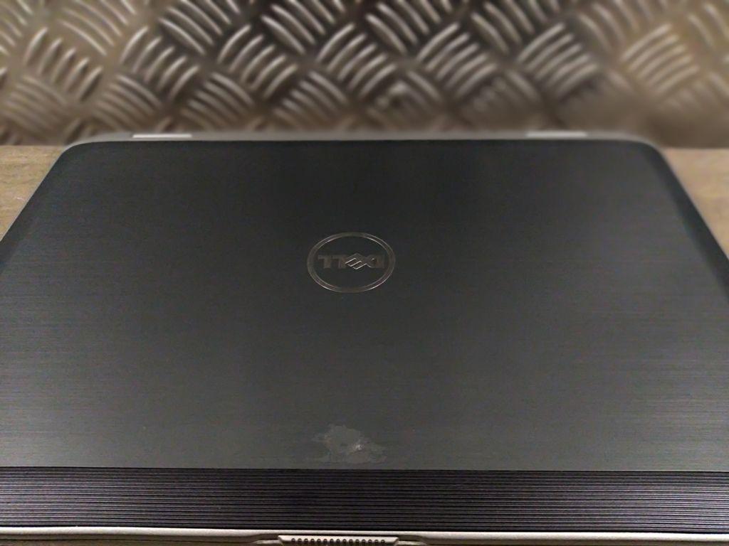 """Notebook DELL LATITUDE E6430 com Processador Intel Core i5 Terceira Geração - RAM 4GB - HD 500GB - TELA 14"""""""