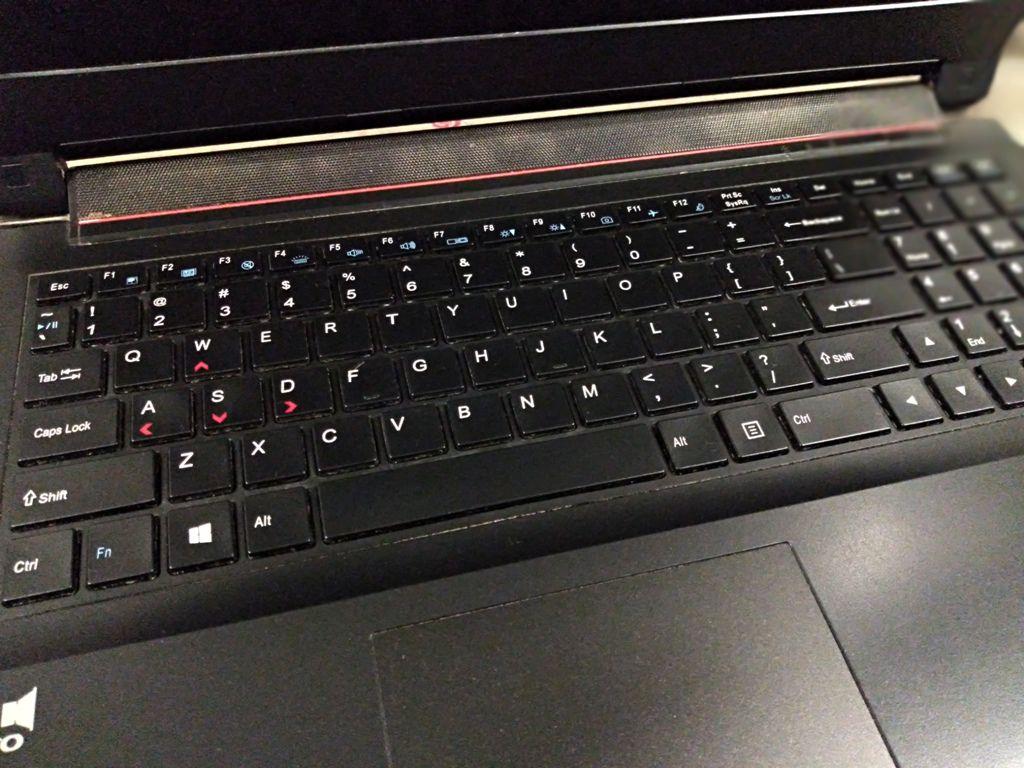 """Notebook GAMER AVELL TITANIUM G1511 com Processador Intel Core i7 Sexta Geração modelo HQ - RAM 16GB - HD 1TB - TELA 17"""" FULL HD - Placa de Vídeo GeForce GTX 960M - Teclado Mecânico"""