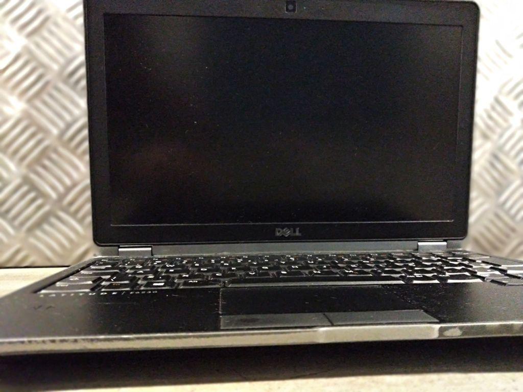 """Ultrabook DELL LATITUDE E6230 com Processador Intel Core i5 Terceira Geração - RAM 4GB - HD 500GB - TELA 13,3"""""""
