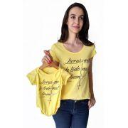 T-shirt adulta fem e body de bebê Livrai-me do mal