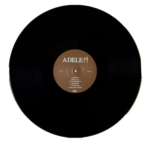 Lp Adele 19