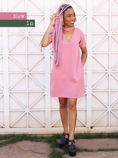 Vestido blush chocker