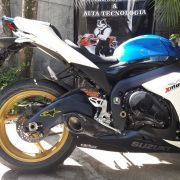Ponteira No Muffler Carbono p/ Suzuki GSXR SRAD 1000 11 a 13