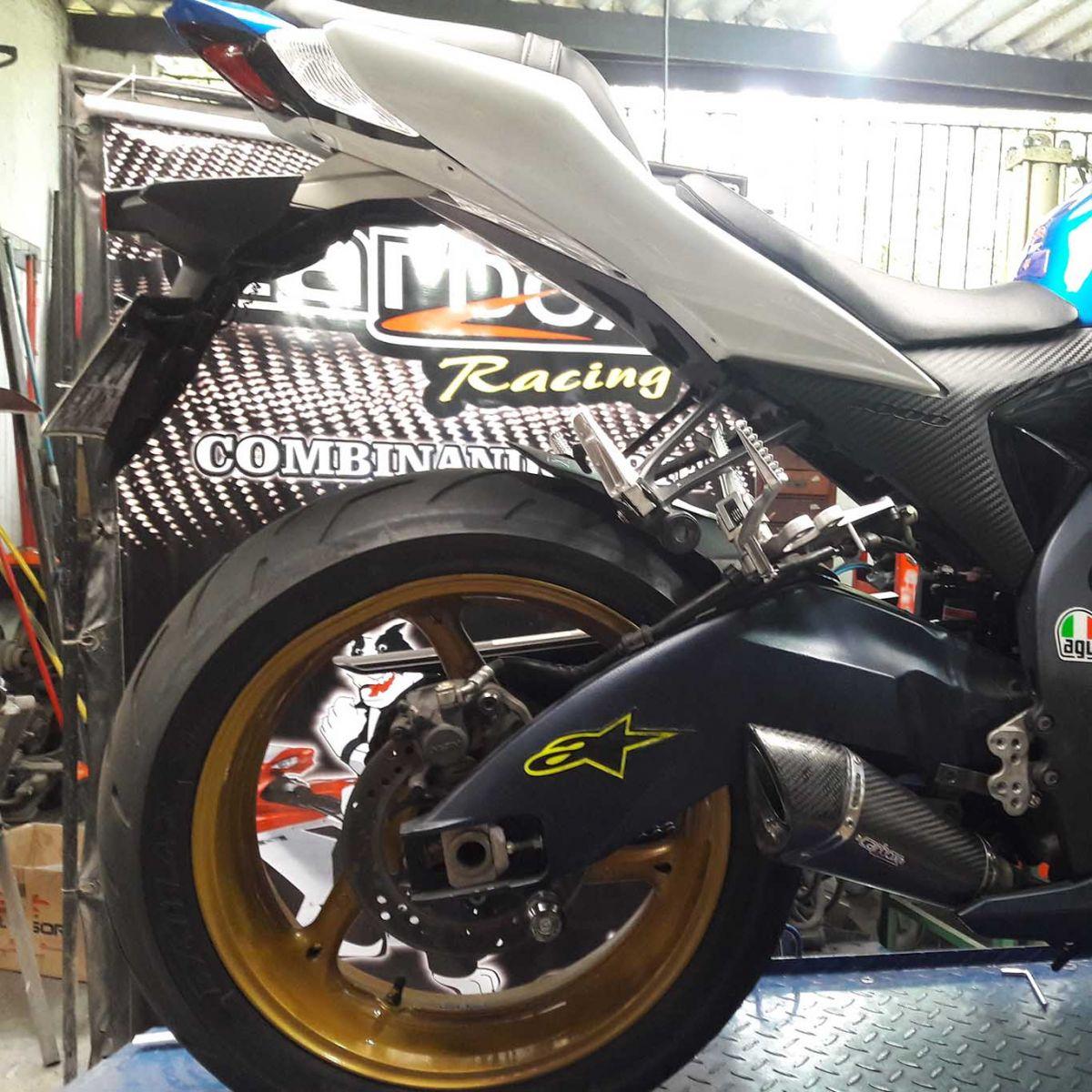 Ponteira Scorpion GP720 Carbon p/ Suzuki SRAD GSXR1000 11 a 13