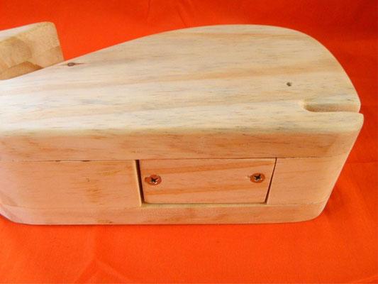 Cofre de madeira - baleia