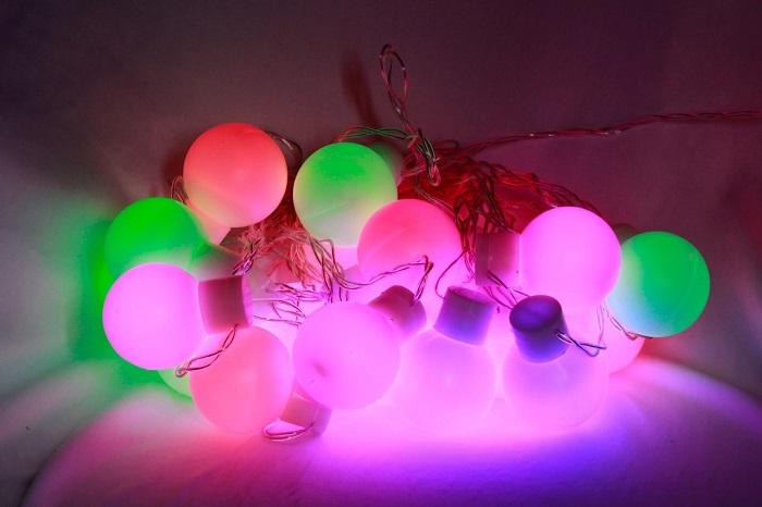 Luzes bolas grandes coloridas (20 LED) - 10 metros 110V