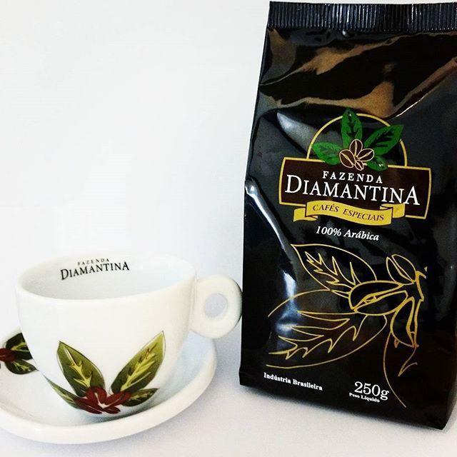 Kit 2 café moído especial 250 G uma xícara personalizada de BRINDE.