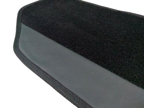 Tapete Sandero Rs Carpete 8mm Base Borracha Pinada - Hitto