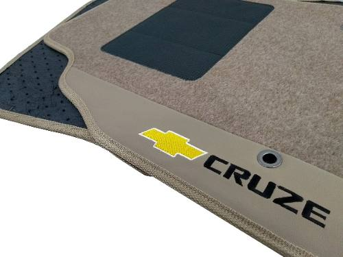 Tapete Gm Cruze Ltz Carpete 8mm Base Pinada