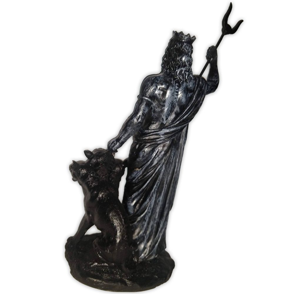 Hades, Deus do Submundo e Aquele que Fecha os Portões
