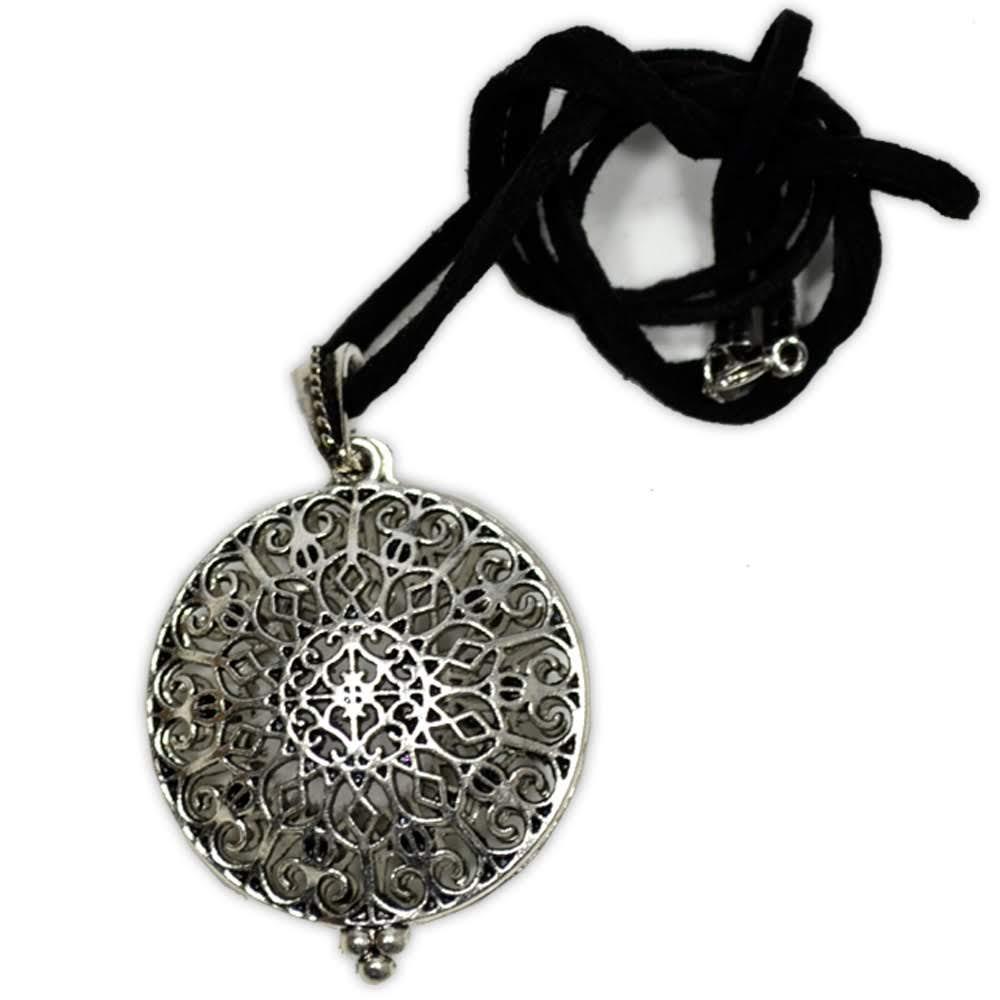 Aromatizador Pessoal Mandala - Prateado com cordão de couro sintético