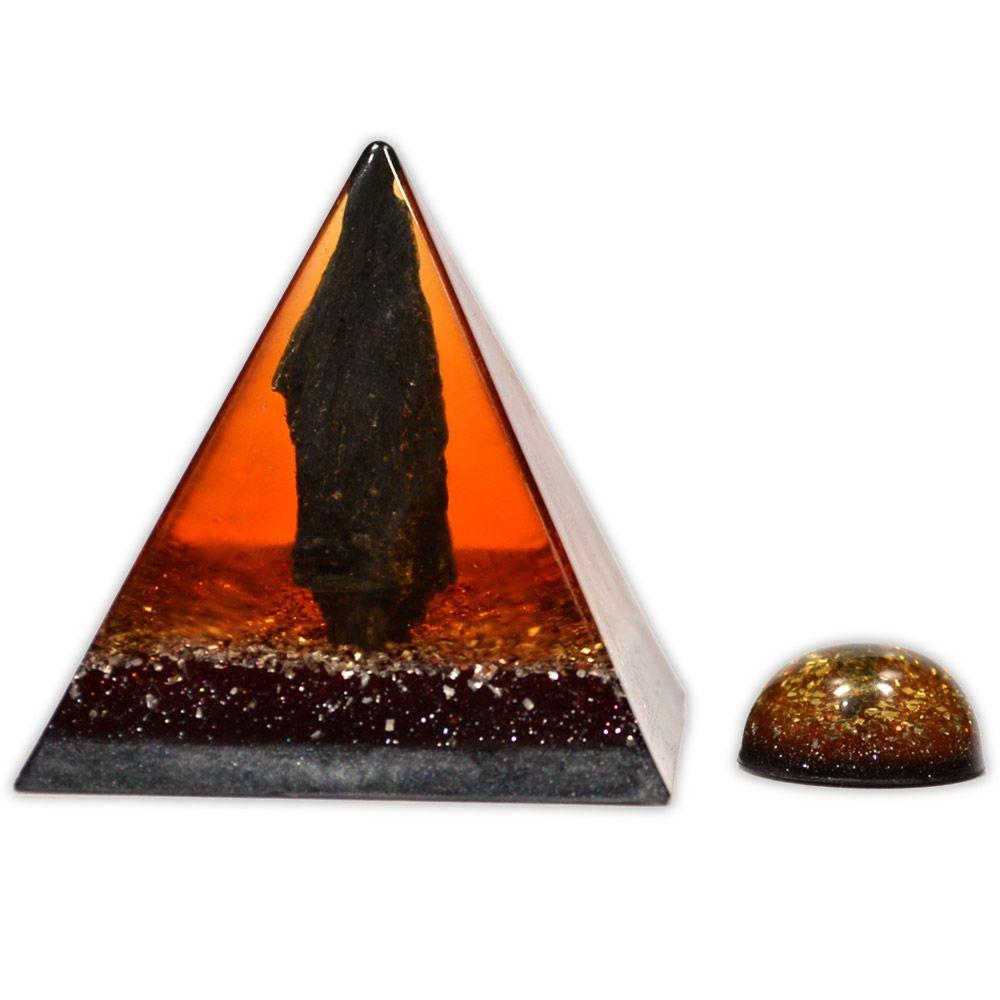 Orgonite - Pirâmide e Olho de Gato