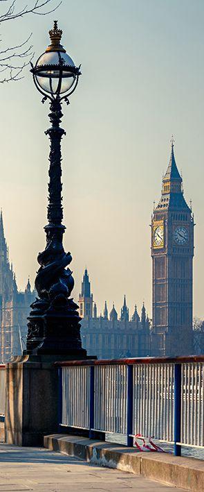 AP032 PORTA LONDRES