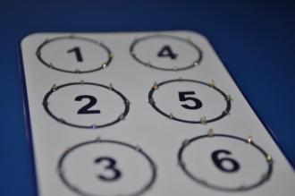 Adesivo célula braille