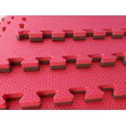 Tatame EVA 50cm x 50cm x 2cm Dupla Face Vermelho com Preto Bicolor