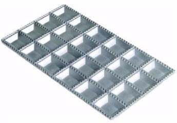Forma Para Ravioli Tortéi Alumínio 24 Cavidades
