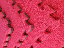 Kit com 6 Tatames Dupla Face Vermelho com Preto 50x50x2cm