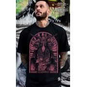 Camiseta New Priest