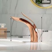 Torneira Banheiro Luxo Dourada Monocomando Bancada Restaurante Casa Hotel