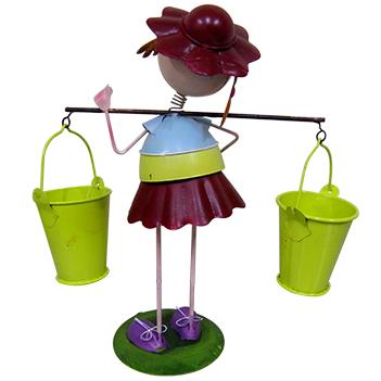 Boneca com Baldes de Flor Para Enfeite e Decoraçao Jardim e Flores (BON-M-16)