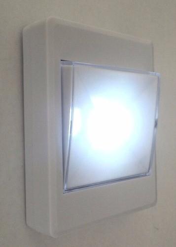 Luminária Led Luz de Emergencia Armário Closet Multifuncional Portátil  (Braslu / MC40661)