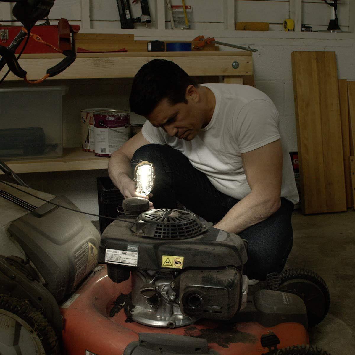 Lanterna Emergencia Portatil Mecanico Led Carro Luz Branca