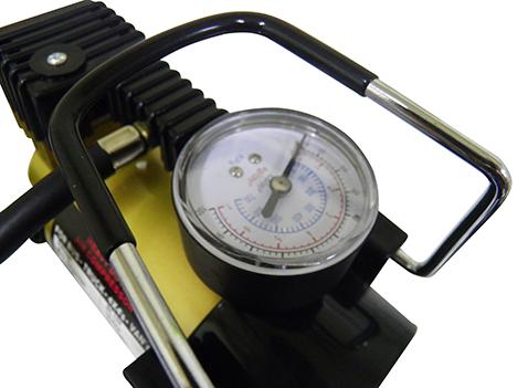 Mini Compressor de Ar Veicular Profissional Portatil 12V Carro Dourado (bsl-comp-1)