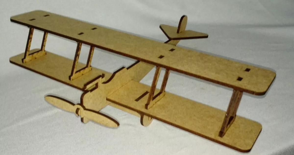 Avião Biplano Av03 para seu Brincar, Colecionar,  Decorar ou para Presentear como Lembrança de Aniversário