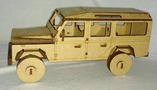 Camionete Land Rover Mdf  para seu filh Brincar, Colecionar, Decorar ou como lembrança de Aniversário